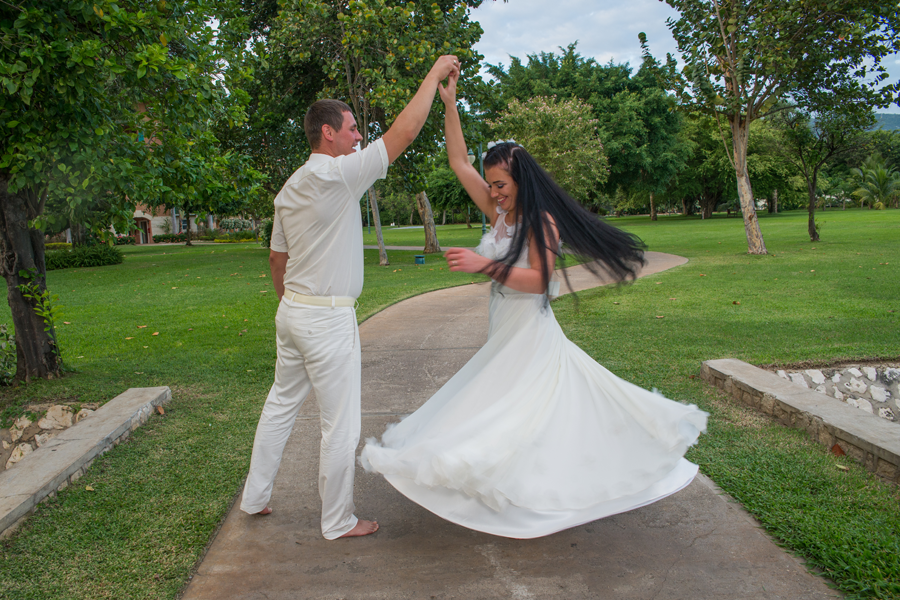 Weddings are considered to be one of the most wonderful day in any couples love